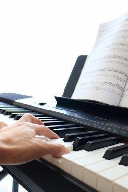横浜市戸塚区ポピュラーピアノ教室・オンラインレッスンOK